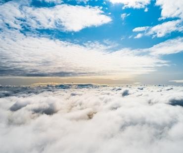 Mamry Mix Port cały w chmurach